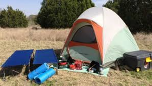 camps with tent