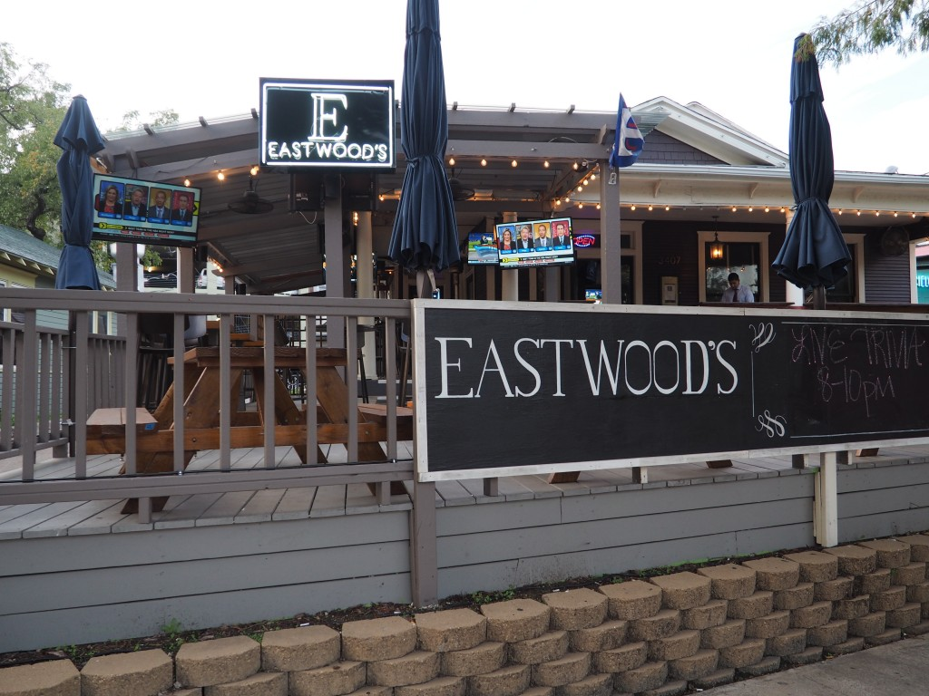 eastwoods bar