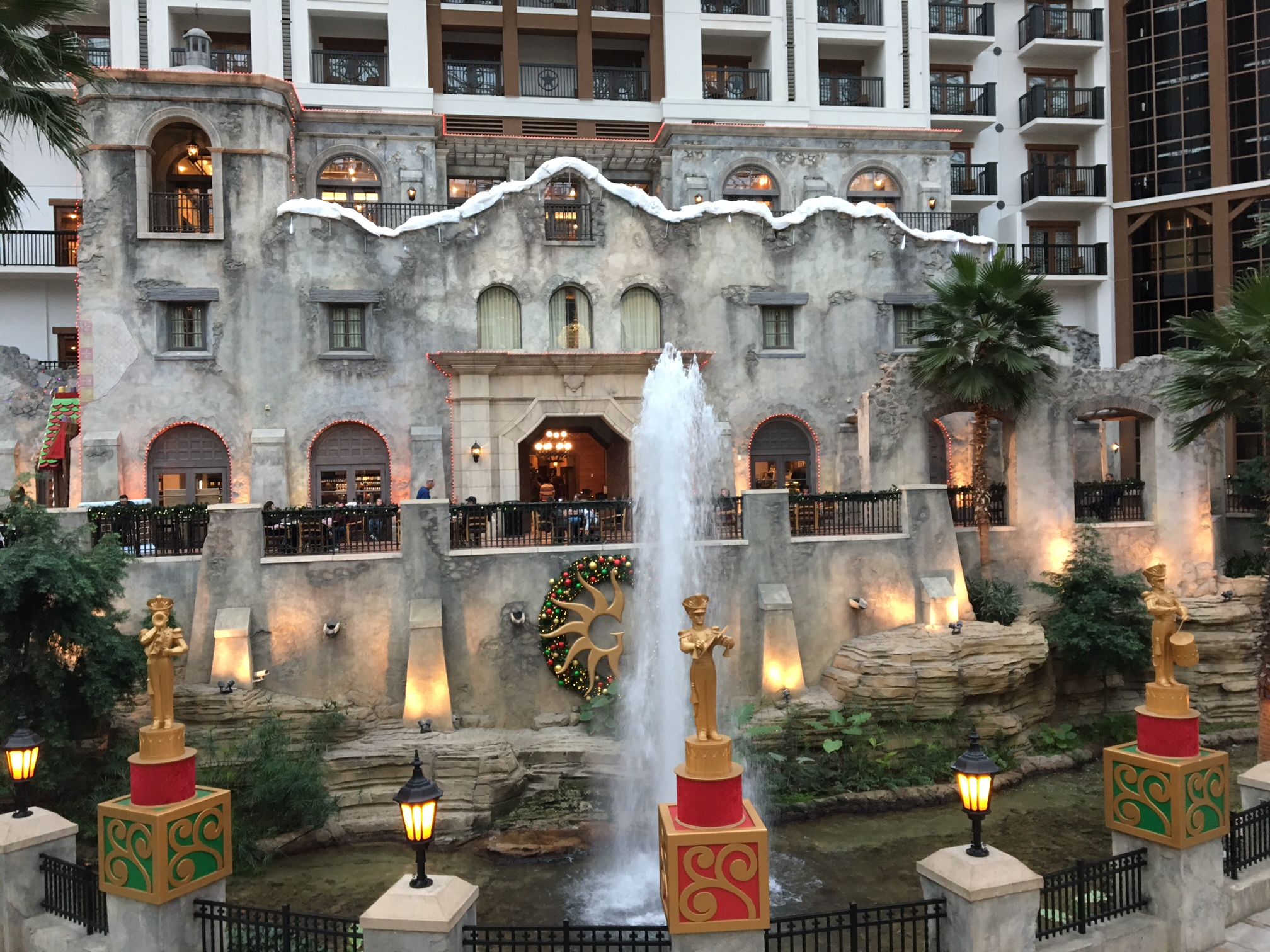 the gaylord texans lone star christmas festivities have kicked off in grapevine and are in full swing for the upcoming christmas season